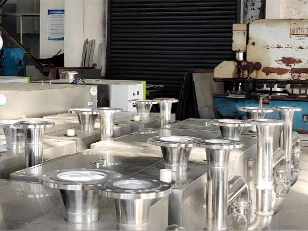 厨用地面式简单污水隔油池制造商
